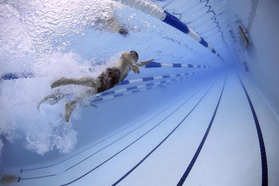 Soczewki kontaktowe a uprawianie sportu – 4 rady dla każdego