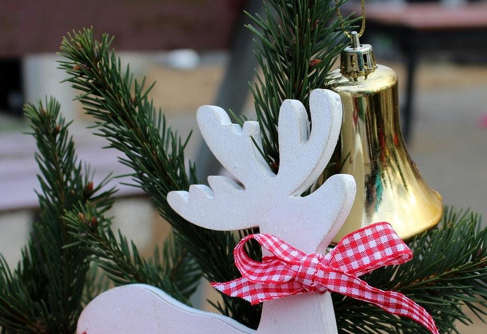 Stroik świąteczny – jak go zrobić samemu?