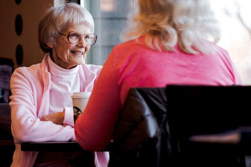 Opieka nad osobami starszymi – najczęstsze trudności w pracy opiekuna